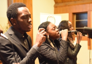 Shalom_Singing
